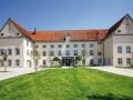 120724-Kloster Holzen Frontansicht.jpg