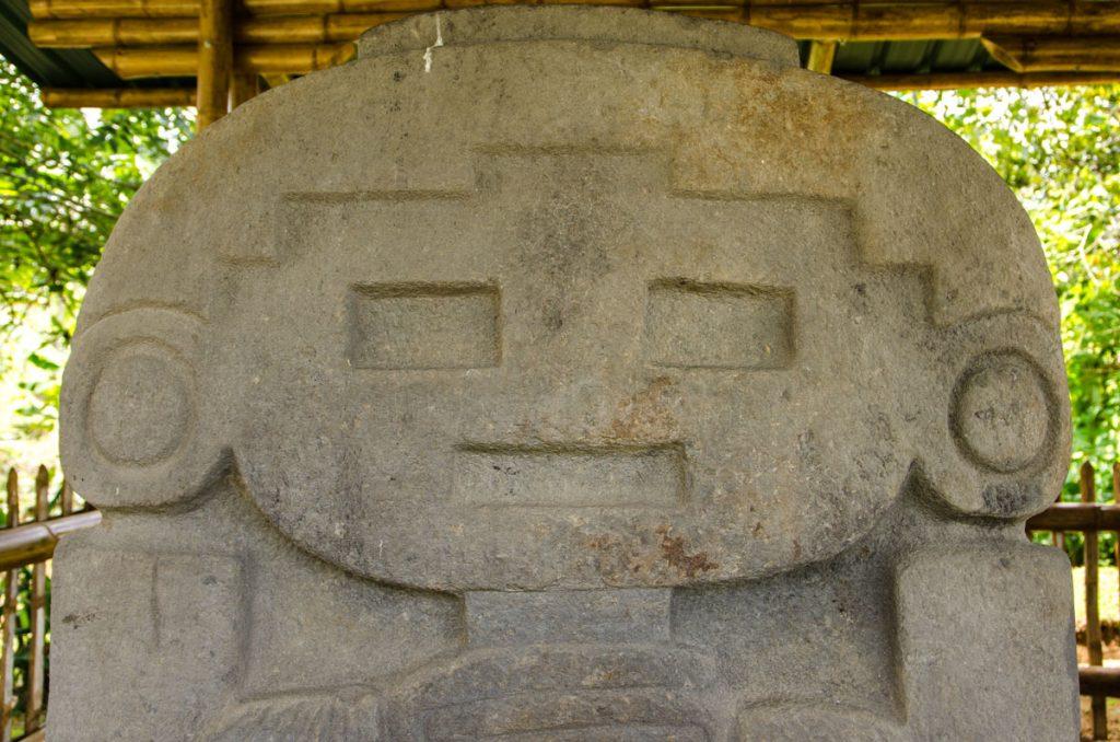 web-fb-YRP_9494_la_mascara-statue-san-agustin